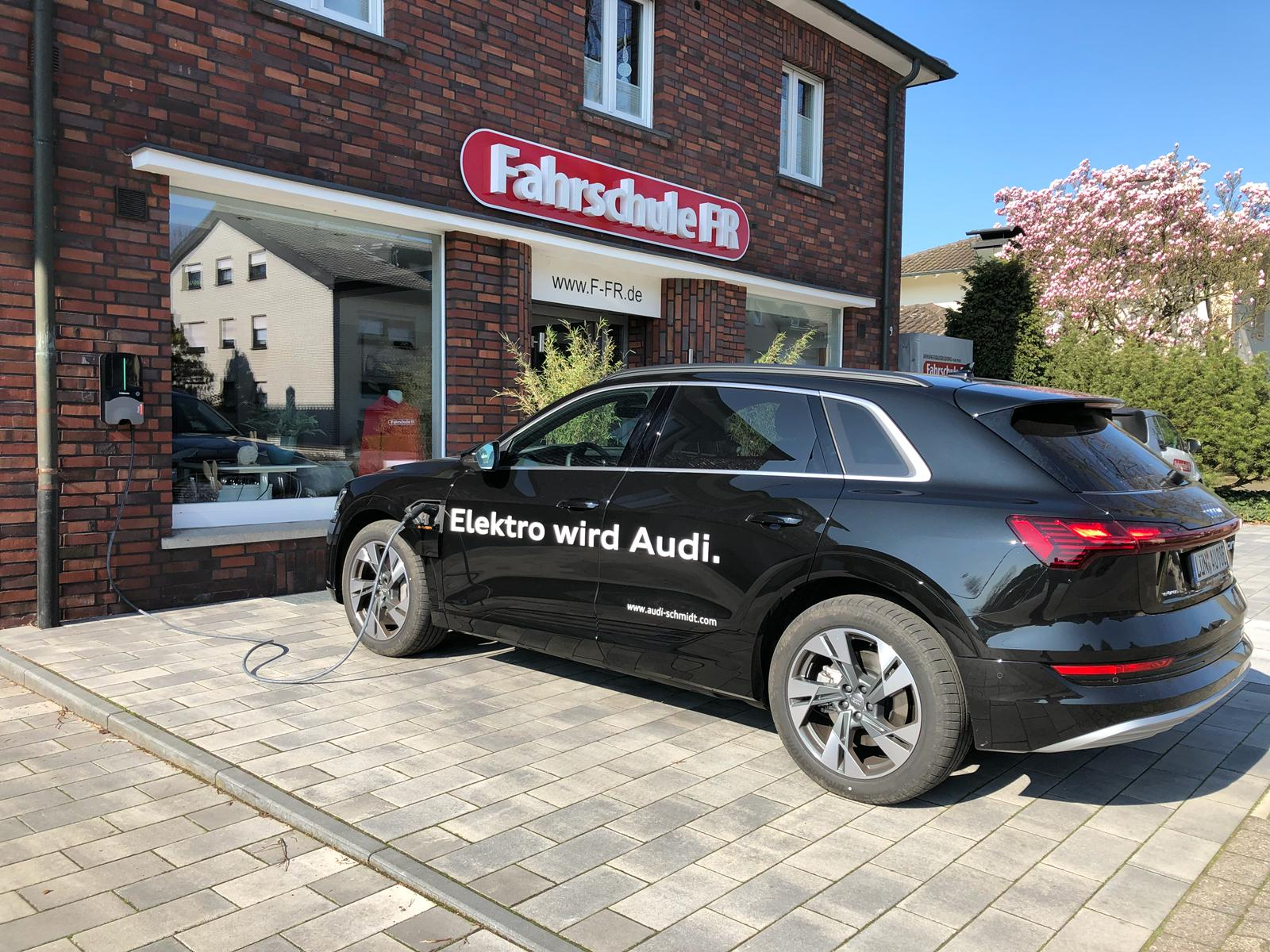 Probefahrt -> Audi e-tron