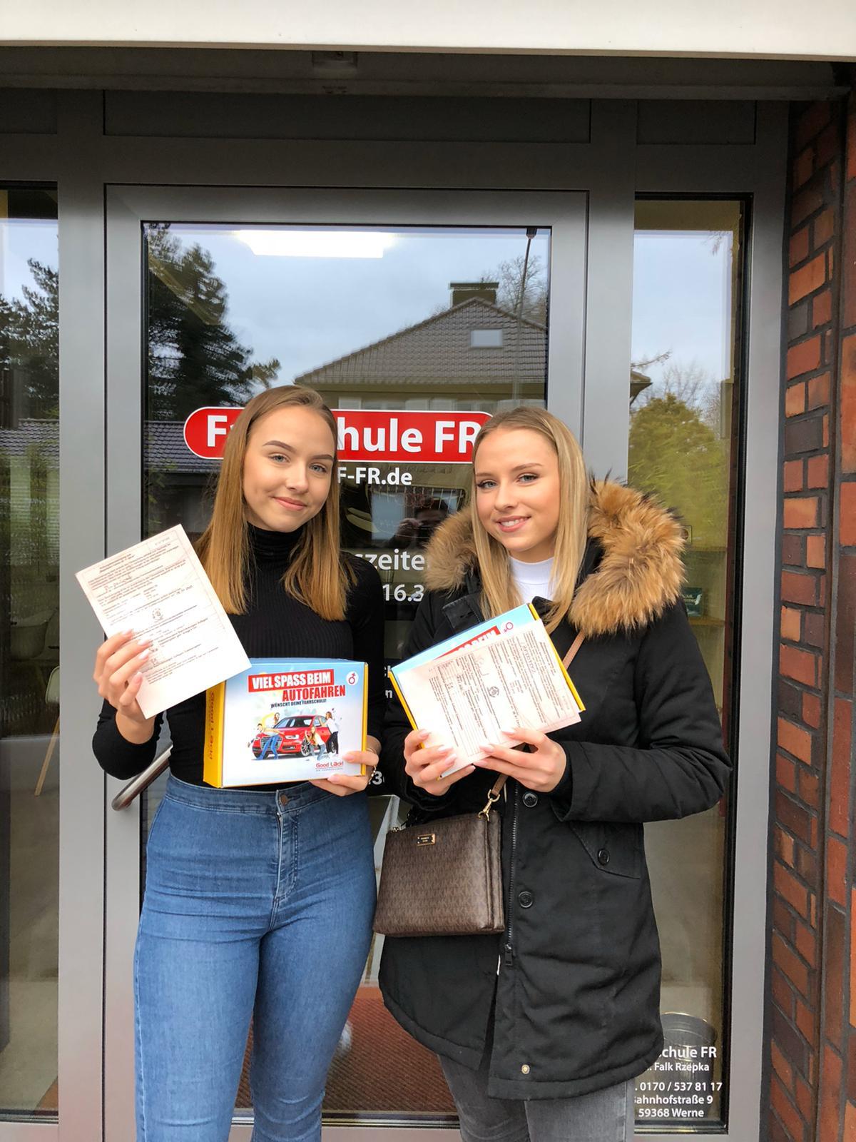 Louisa + Laura Rumpenhorst